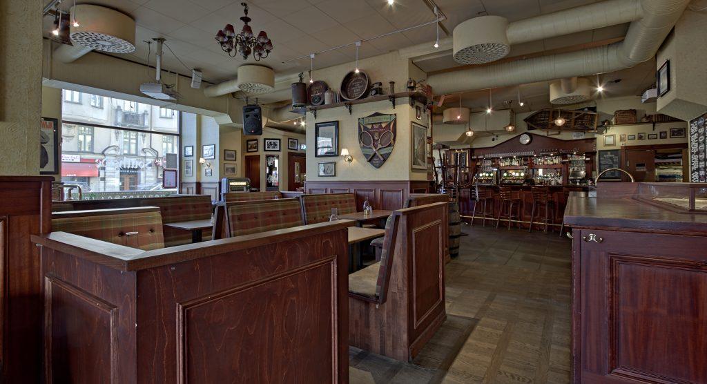 Southside Pub inside angle